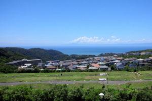 伊豆半島は熱海の方向と思われます