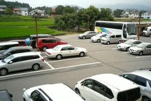 観光バスもみえています