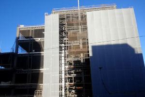建物が大きくなりカメラに収まりません