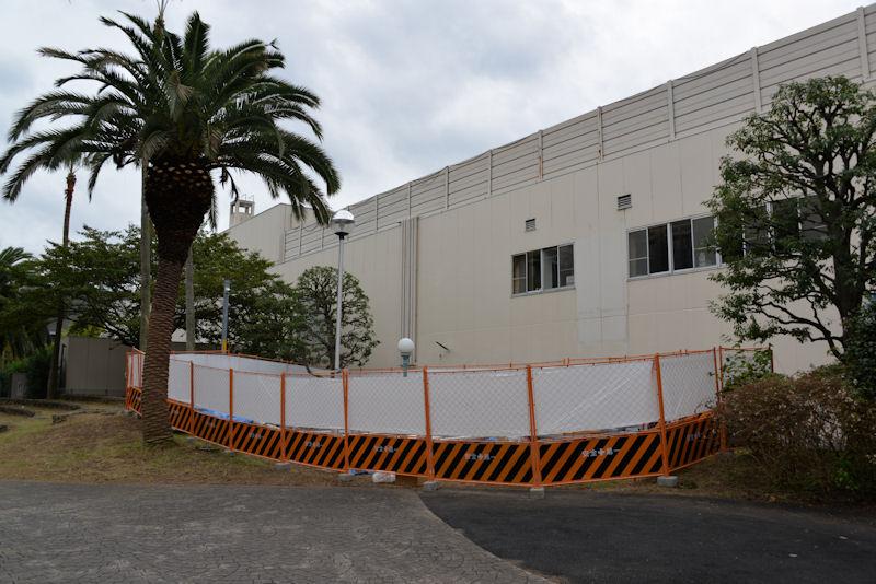 松竹大船撮影所跡地の壁画は