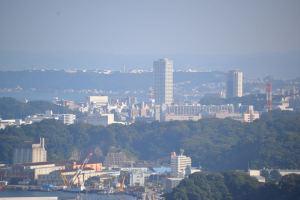 横須賀中央の高層マンション2棟
