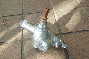 今までの止水栓