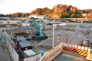 シーサイドライン延伸の基礎杭工事