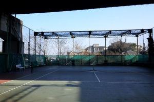 今年初めてのテニス