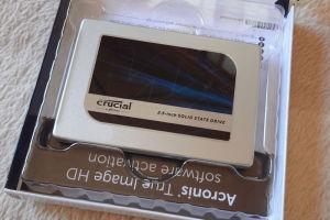 SSDの箱を開けてみました