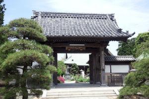 龍華寺山門