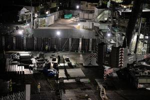 八景駅ホームの高さを超えるところまで
