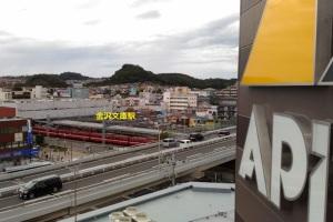 京急金沢文庫駅と立体
