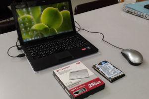 ノートPC SSD換装