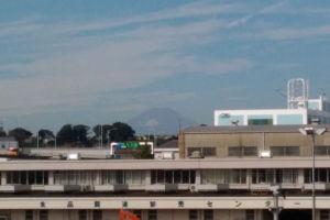 約82Km先の富士山