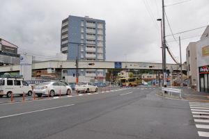 瀬戸神社側からの歩道橋