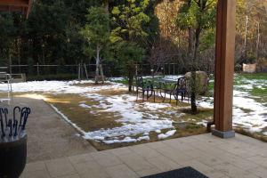 先日の雪がまだたくさん残っていました