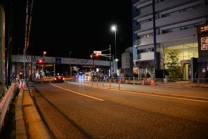 八景駅前未明の歩道橋撤去-2