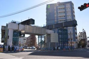 25日~26日2日間の工事は16号線を跨ぐ桁架設