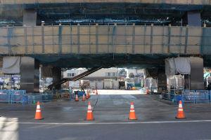 橋桁の下部も大分整理
