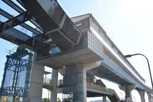 シーサイドライン金沢八景駅舎