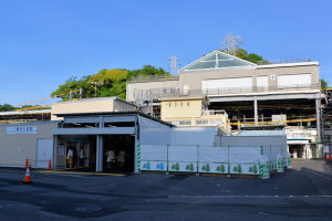 金沢八景駅改札が2箇所に