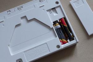 単三電池2本入替え