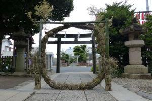 琵琶嶋神社の鳥居も見えています