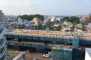 シーサイドライン八景駅ホームの工事