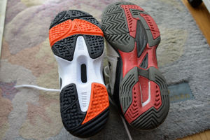 靴の底(ソール)の作りが大きく異なっています