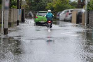 車は通れる位の冠水
