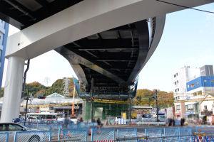 橋桁架設工事は今年4月に