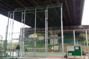 テニスコートフェンスの改修工事