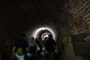 約70mほどのトンネルを抜けます