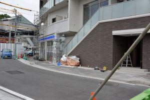 歩道が6月23日(土)から通行可能になる予定
