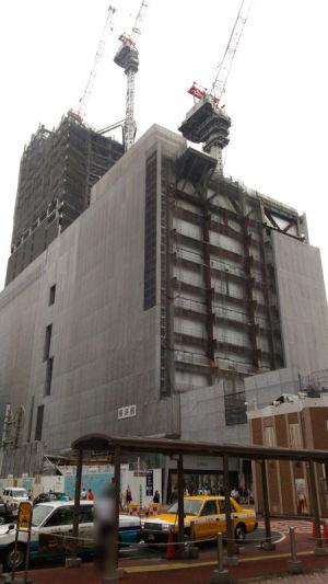 西口駅ビル工事