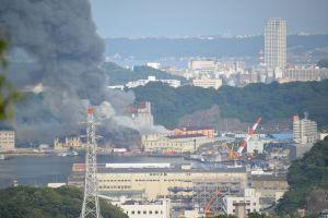周辺は長浦港に面し海上自衛隊の施設があります