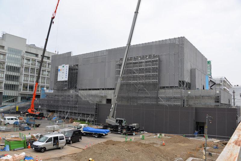 金沢区公会堂建設中です