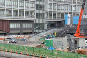 公会堂入口となる階段