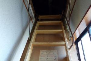 収納階段は2007年に取付けて