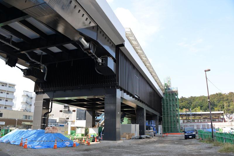 シーサイドライン新駅舎と延伸部分