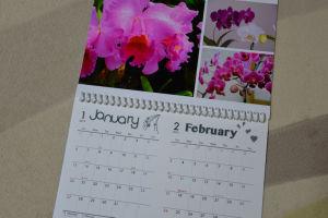 カレンダーは2か月で1枚
