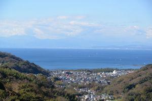 雲が多く富士山はみえません