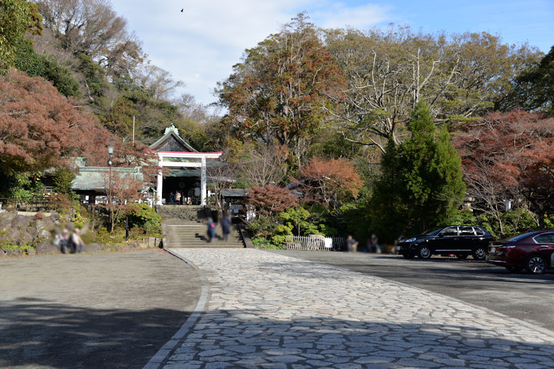 鎌倉宮境内と参道