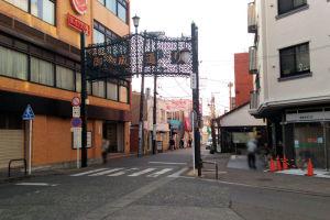 御成通り鎌倉駅側