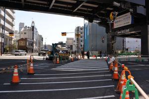 八景駅前交差点から駅前広場に進入が可能