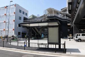 駅前広場、新降車専用バス停