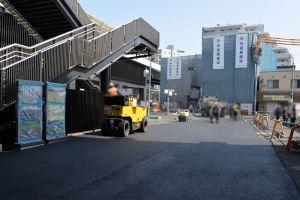 供用開始に向け急ピッチで進む舗装工事