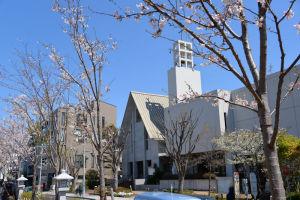 カトリック雪の下教会前