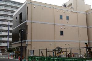 4街区に建設中のビルが出来てきました