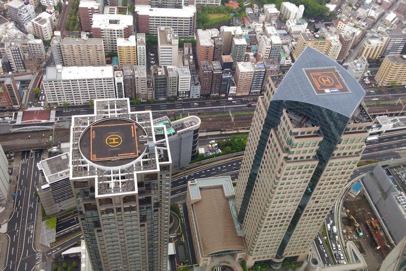 左は日石横浜ビル