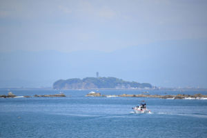 江の島までは直線で約10Km