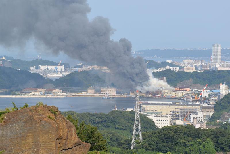 昨年7月に発生した田浦港町物量倉庫の火災