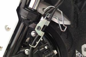 ブレーキホースホルダーを対策品