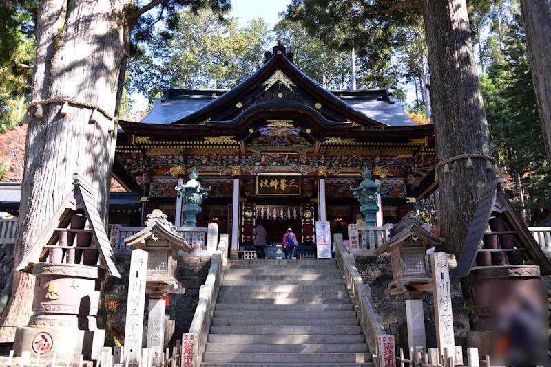 パワースポットで有名な秩父の三峯神社
